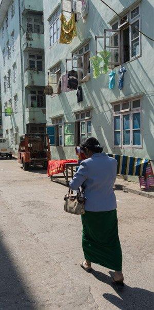 300 px Street Scene Mandalay-04909.jpg
